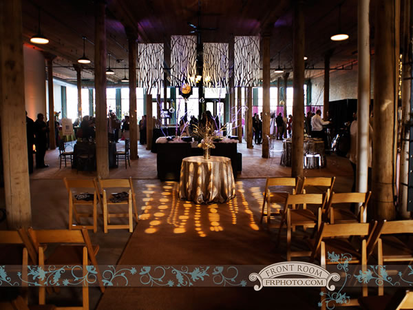 Historic Pritzlaff - Front Room Photography - Milwaukee Wedding Venue