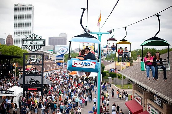 Milwaukee Summerfest Engagement Photo