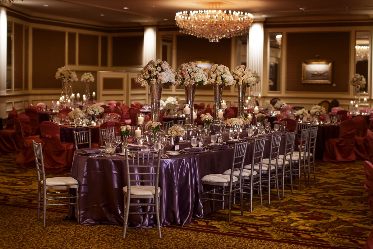 Milwaukee Wedding Venues With A Capacity Of 500 Or More