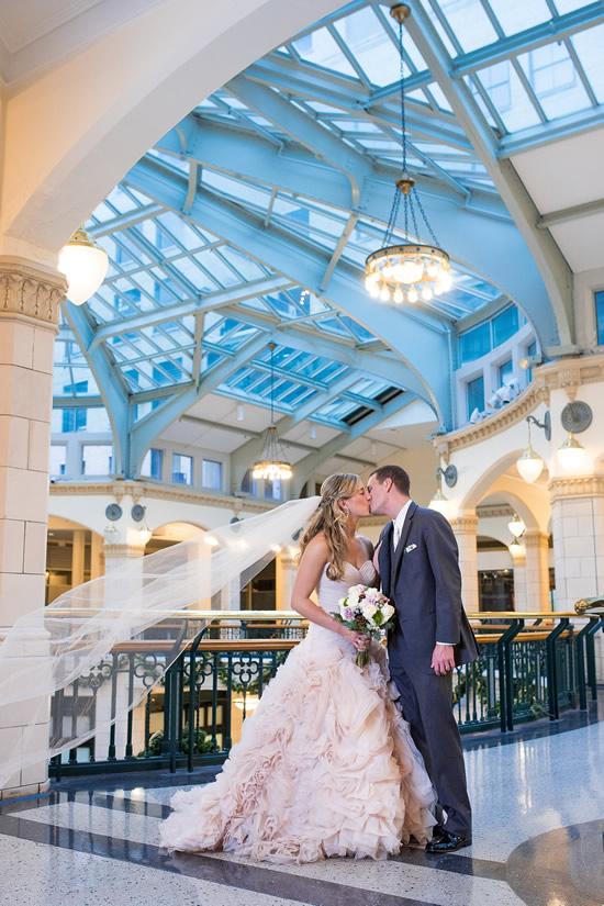 grand-ave-mall-wedding-photo-550