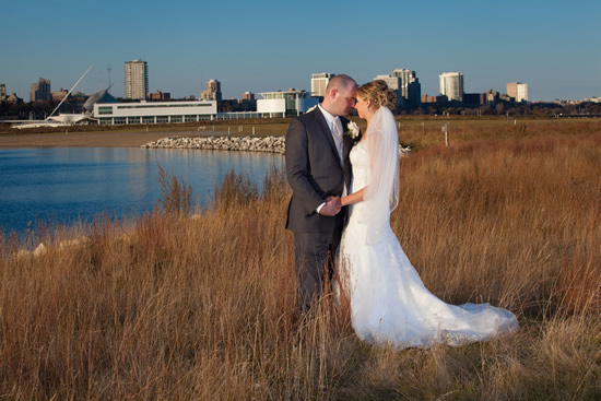 Lakeshore State Park Wedding Photo