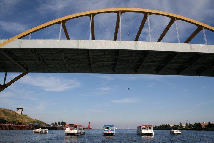 Pontoon Boat Rentals Milwaukee