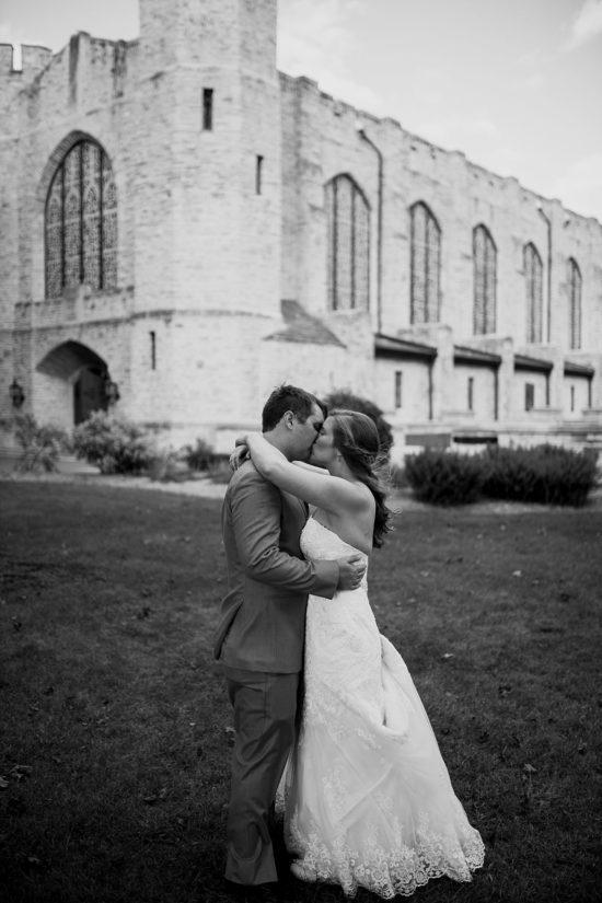 Top Milwaukee Wedding Photographers