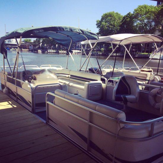 Milwaukee pontoon boat rental edelweiss