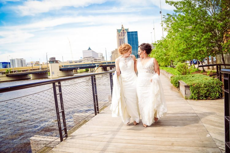 gloss photography studios milwaukee wedding photographer