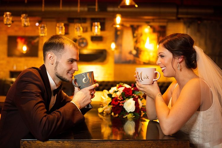 Top Milwaukee Wedding Photographers - LauraJane Photography