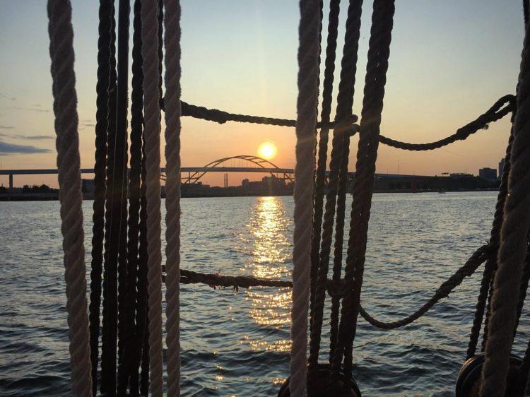 Epic Hoan Bridge Photo