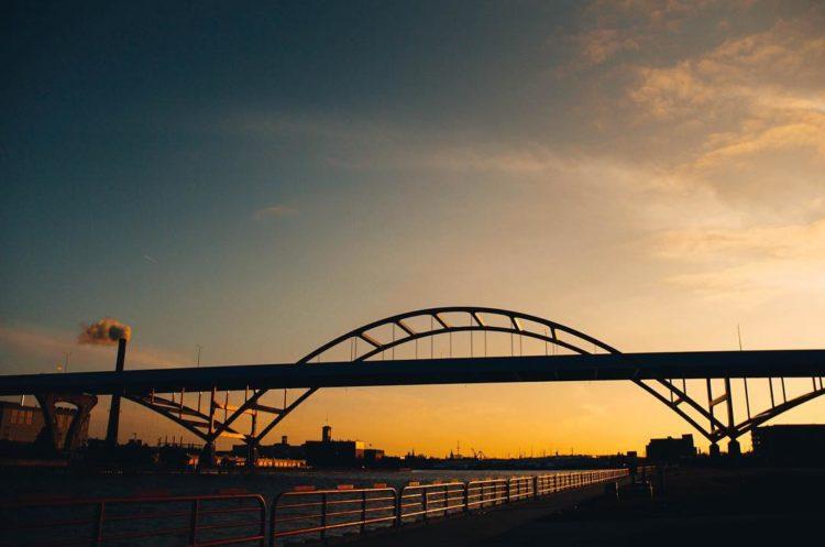Hoan Bridge Photo
