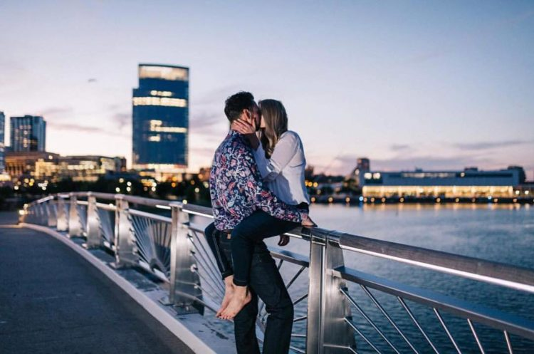 Lakeshore State Park Engagement - McNeil Photography