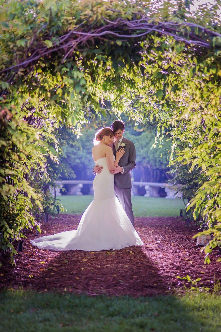 Mke After Dark 27 Stunning Nighttime Wedding Photos